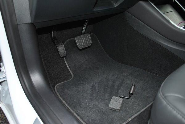 Adaptation véhicule Tesla