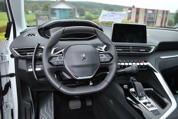 Adaptation volant Peugeot 3008