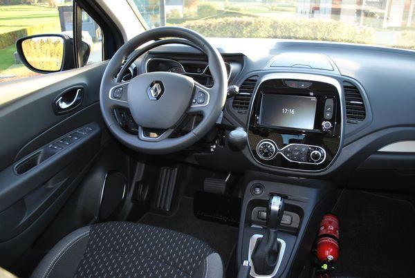 Intérieur d'une Renault Captur adaptée