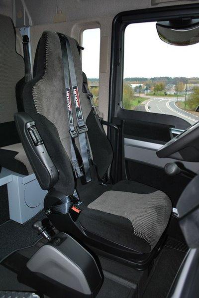 Adaptation de la ceinture d'un camion