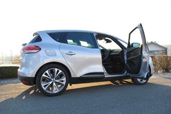 Adaptation d'une Renault Scénic