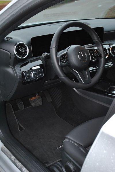 Intérieur d'une Mercedes Classe A adaptée