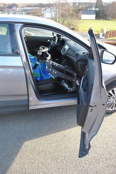 Accès dans un véhicule Opel