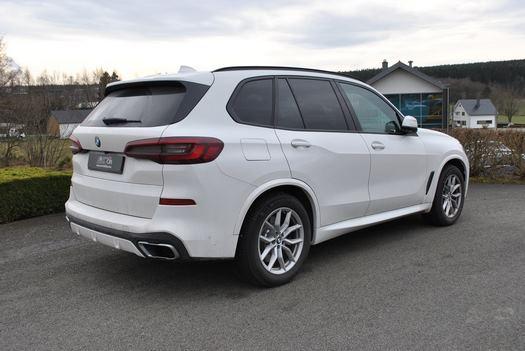 Adaptation d'une BMW X5