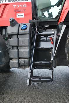 Adaptation de la montée dans le tracteur
