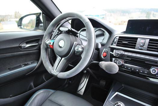Conduite adaptée pour une BMW M2