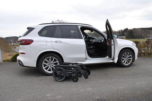 Sortie du véhicule adaptée BMW X5