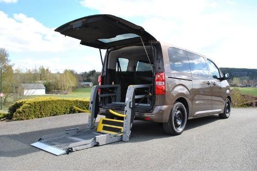 Lift électrohydraulique pour la Peugeot traveller